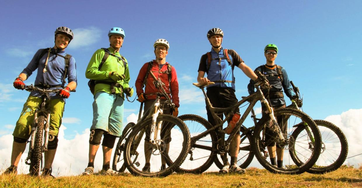 MTB Bikers in training