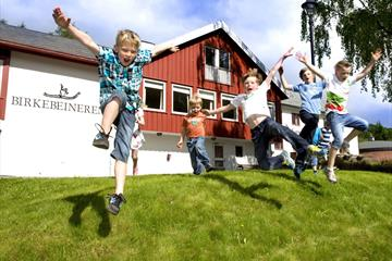 Happy Children at Birkebeineren Hotel & Apartments Lillehammer